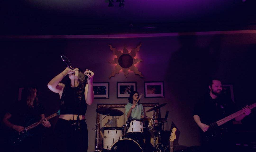 """Vera Kay – """"Pink Roses"""" Single Review"""